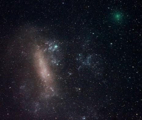 ახლოს მოძრავი კომეტა და მაგელანის დიდი ნისლეული